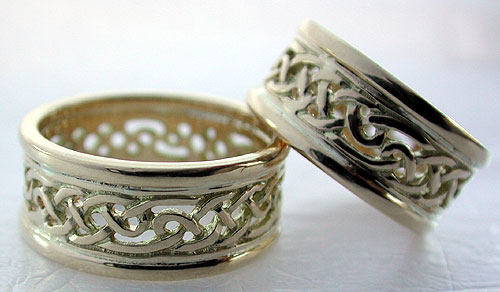 These Celtic wedding bands